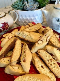 Ιταλικά παξιμαδάκια ιδανικά για καφέ !!!! ~ ΜΑΓΕΙΡΙΚΗ ΚΑΙ ΣΥΝΤΑΓΕΣ 2 Biscotti, Tarts, Camembert Cheese, Sweet Tooth, Ice Cream, Cookies, Chocolate, Juice, Recipes