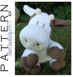 INSTANT DOWNLOAD : Pillow Pal Cow Crochet door FiberDoodlesbyK4TT