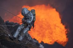 Descending into the Marum Volcano in Vanuatu, Intrepid explorers found an unusual way of staying warm this winter by spending Christmas day on an active volcano. British climber Chris Horsley, 22, and his friends Gareth Hawken, 30, Geoff Mackley, 50, and Bradley Ambrose, 36, from Auckland, New Zealand, hiked up the Marum Volcano, Vanuatu, on the morning of the 25th. (Photo by Bradley Ambrose/Caters News)