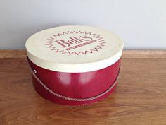 Vintage Hat Box Belk's Department Store by vintage19something Vintage Hat Boxes, Round Hat, Department Store, Off White, Burgundy, Hats, Red, Ideas, Hat