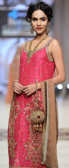 8d77a1cdb118 223 Best Desi Outfits images