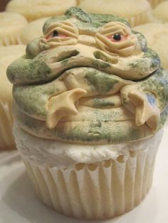 Probably the one cupcake in the world I wouldn't eat  Jabba the Hut Cupcakes....funny