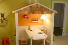 Kid's workspace: Love that little shingled roof!