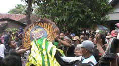 Singa Barong Amuk Penonton
