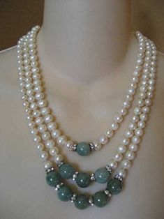 3 Strand Pearl Necklace with Mottling Jade Beads by JadoreSerene Bead Jewellery, Wire Jewelry, Jewelry Crafts, Jewelry Necklaces, Handmade Jewelry, Beaded Bracelets, Pearl Jewelry, Jewlery, Jewelry Logo