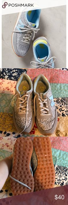 Anthropologie New Balance Floral Sneakers Grey/white/blue/yellow Floral sneakers. Very comfy and fit tts. The soles and insoles show some wear, as do the exteriors. Anthropologie Shoes Sneakers