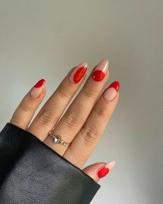 Discovered by saralawson97. Find images and videos on We Heart It - the app to get lost in what you love. Stylish Nails, Trendy Nails, Funky Nails, Fire Nails, Minimalist Nails, Best Acrylic Nails, Dream Nails, Perfect Nails, Nail Inspo