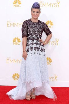 Kelly Osbourne looks cool as hell on the 2014 #Emmys red carpet