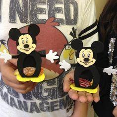 Játékos tanulás és kreativitás: Minnie és Mickey bonbon figurák