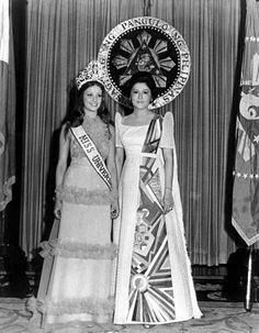 Amparo Munoz, Miss Universe 1974 (Spain) with First Lady of the Phillipines, Imelda Marcos