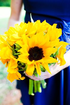 Wedding: Barn at Valhalla - Chapel Hill, NC - Rustic Wedding Chic Sunflowers Real Wedding: Barn at Valhalla - Chapel Hill, NC - Rustic Wedding Chic Sunflowers bridal bouquet using sunflowers Wedding Bouquets, Wedding Flowers, Bridesmaid Bouquets, Rustic Wedding, Our Wedding, Wedding Wishes, Sunflower Bouquets, Sunflower Colors, Yellow Wedding