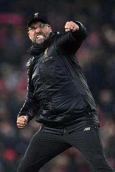 Liverpool Players, Fc Liverpool, Liverpool Football Club, Football Workouts, Sport Football, Liverpool You'll Never Walk Alone, Juergen Klopp, Liverpool Fc Wallpaper, Salah Liverpool