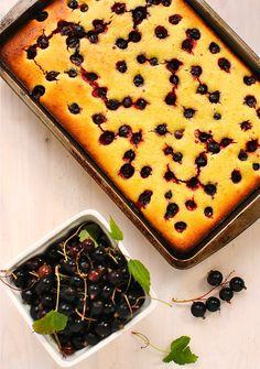 berry-lemon polenta cake {gluten-free and dairy-free}