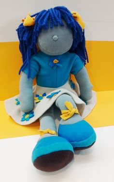 Niña Brizzy - Blue Handmade with hypo-allergeic fine quality materials. Wool Sweaters, Dinosaur Stuffed Animal, Toys, Children, Handmade, Blue, Animals, Inspiration, Animales
