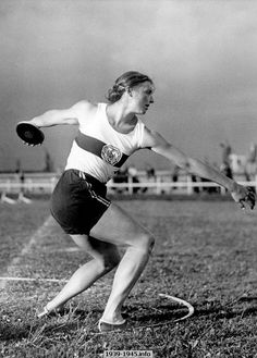 Gisela Mauermayer, German athlete who won a gold medal for the discus throw at the 1936 Olympic Games in Berlin