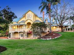 142 Airlie Road, Pullenvale, Qld 4069