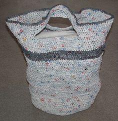 Ravelry: Plarn Laundry Basket Bag pattern by Cindy RecycleCindy
