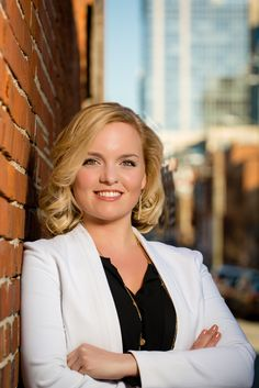 Why a professional headshot is important to your business!