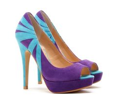 The hottest new shoe club for the style obsessed! #lightblue #purple 2006 http://www.shoedazzle.com/stylist_surveys/registrations#412