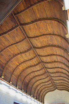 Bourges - Palais Jacques Coeur - La galerie est | Flickr: partage de photos! Provinces De France, Bourges, Manor Houses, Medieval Art, Art Techniques, Historical Photos, Tudor, Villas, Animal Print Rug