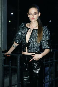 Pin for Later: Kristen Stewart Looks Fiercer Than Ever at Chanel's Runway Show in Rome