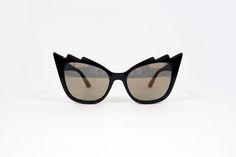 Óculos cat eye espelhado