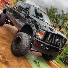 DieselTees- Amazing truck, let us know what do you think | for more visitlet us know what do you think | for more visit www.DieselTees.com #dieseltees #truck