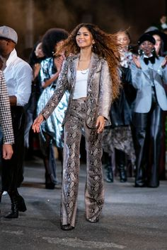 New York Fashion Week: front row and parties - Zendaya x Tommy Hilfiger- HarpersBAZAARUK - Moda Zendaya, Zendaya Mode, Zendaya Hair, Zendaya Outfits, Zendaya Style, Celebrity Outfits, Celebrity Style, Zendaya Clothes, Zendaya Makeup