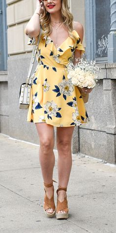 Wedding Outfit ideas for Guest - Yellow and Grey Floral Dress with Ruffled Top Yellow Floral Dress, Floral Gown, Floral Dresses, Ruffled Dresses, Summer Floral Dress, Dresses For Teens, Trendy Dresses, Summer Dresses, Spring Dresses Casual