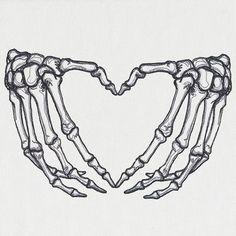 Skeleton Tattoos, Skull Tattoos, Body Art Tattoos, Stomach Tattoos, Skull Hand Tattoo, Skeleton Hands Drawing, Hand Heart Tattoo, Skeleton Bones, Tatoos