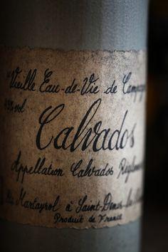 Calvados, vieille étiquette