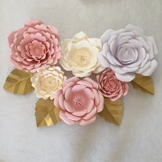 Paper Flower Tutorial, Star Flower, Paper Stars, Paper Leaves, Youtube, Candy Party, Giant Paper Flowers, Flower Crafts, Backdrops For Parties