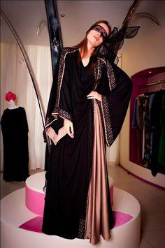 Fabulous- Niqab Fashion, Muslim Fashion, Kimono Fashion, Fashion Dresses, Stylish Dress Designs, Designs For Dresses, Modest Dresses, Stylish Dresses, Beautiful Pakistani Dresses