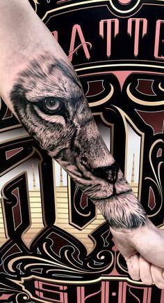 Lion Forearm Tattoos, Lion Head Tattoos, Lion Tattoo, Leg Tattoos, Body Art Tattoos, Tatoos, Future Tattoos, Tattoos For Guys, Tattoos For Women