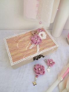 Μαρτυρικά βάπτισης με χειροποίητο πλεκτό λουλούδι - Baptism witness pins with handmade crochet flower