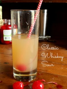 this classic whiskey sour recipe is easy and refreshing. Restlesschipotle.com