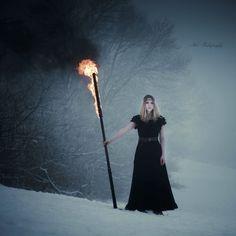 Niiveleggelja on deviantART  #torch #magic