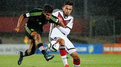 A estadio lleno. Las Selecciones de México y Chile en sus categorías Sub 17 disputarán este miércoles uno de los partidos por los octavos de final del Mundial Sub 17. El partido se llevará a cabo en le recinto Bicentenario Municipal Nelson Oyarzún (Chillán) Octubre 28, 2015.