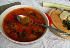 ciorba de praz Thai Red Curry, Salsa, Veggies, Cooking, Ethnic Recipes, Soups, Travel, Cuisine, Kitchen