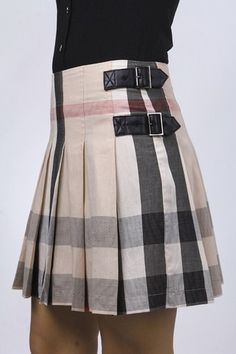 http://clothing33s.blogspot.com - Burberry Brit Check Skirt
