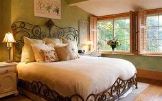 At Cumberland Falls Bed and Breakfast Inn - Asheville, North Carolina