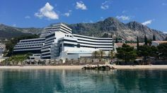 Touch the sea, hug the mountain. Welcome to our hotel Medora Auri on the Makarska Riviera. https://medorahotels.com/en/about-podgora/