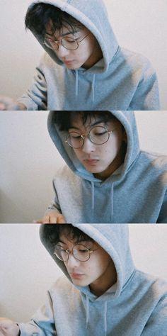 Nct 127 Mark, Mark Nct, Johnny Seo, Jung Jaehyun, Good Looking Men, Taeyong, Boyfriend Material, Nct Dream, Photo Cards