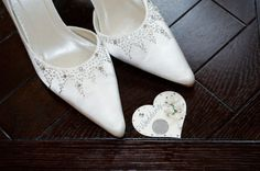 The Lucky Sixpence was originally given to the bride by her father and placed in her left shoe, representing financial security in her marriage. If there is a Lucky Sixpence in your own family, it has most likely been passed down from generation to generation; however modern brides will often use a copper penny for lack of the traditional sixpence.  A little good fortune is always welcome!   Content courtesy of Juliette Weddings, LLC.