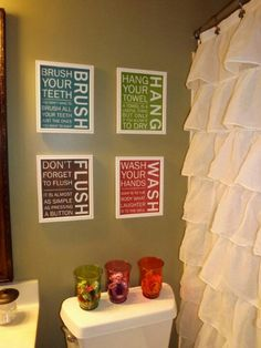 Bathroom instruction Picture hanging But OMG I WANT THAT SHOWER CURTAIN