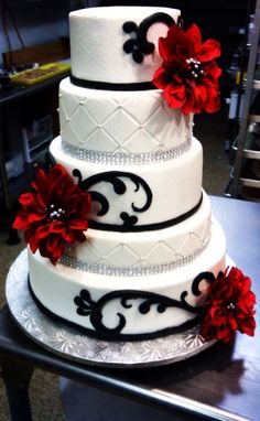 Red, black and white wedding cake with diamond ribbon #WeddingIdeasBlackAndWhite #whiteweddingcakes