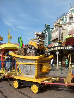 Disneyland Paris 2010 Disney Parks, Disneyland Paris, Disney Land, Park Photos, Parcs, Hong Kong, Tokyo, Monster Trucks, Disneyland