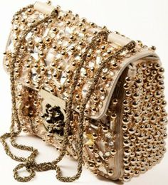 "Chloe Golden Metalic Handbag _ Chloe Spring/Summer 2010 _ Metalic handbags are definitley going to be the ""in thing"" in 2011. So get ahead of the game and get your metalic hangbag and look super chic!"