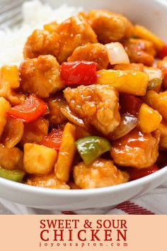 Sweet and Sour Chicken - A delicious Chinese classic. Crispy, juicy perfectly seasoned chicken tossed in a sweet, sour and tangy sauce, combine with crunchy veggies. Serve with white or brown rice! Easy Chinese Recipes, Easy Healthy Recipes, Asian Recipes, Chinese Food Recipes Chicken, Pollo Al Champignon, Sweet Sour Chicken, Pf Changs Sweet And Sour Chicken Recipe, Baked Chicken, Meal Prep Plans