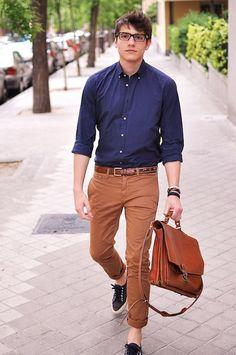 Amazing 42 Professional Outfits Office for Men . Office Bags For Men, Man Office, Office Wear, Office Attire, Work Attire, Mens Office Fashion, Nerd Fashion, Look Fashion, Fashion Ideas